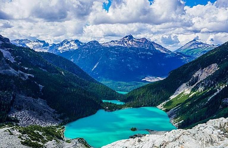 Joffre Lakes, Canada