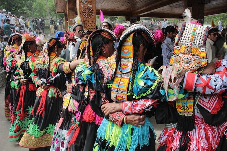 Kailashi women celebrating the Chillum Joshi festival