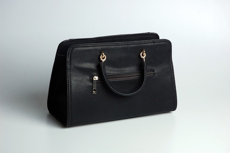 leather-studio-bag-black-handbag-wallet-761723-pxhere.com