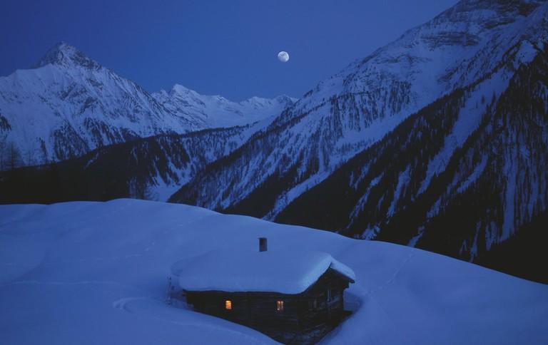 lowres_00000024271-hut-near-mayrhofen-at-night-oesterreich-werbung-Fankhauser