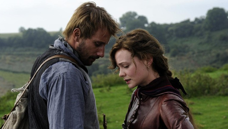 Matthias Schoenaerts and Carey Mulligan in Far From the Madding Crowd