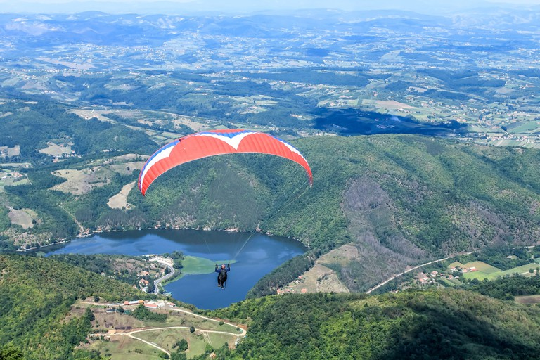 Paragliding over the Ovčar-Kablar Gorge