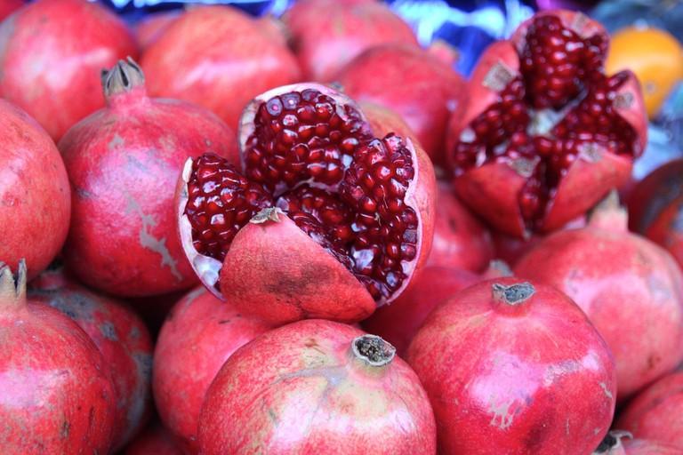 Pomegranate: National symbol for Azerbaijan | © Pixabay