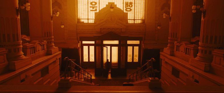 'Blade Runner 2049' Interior of the Stock Exchange Palace | ©Warner Bros./Youtube