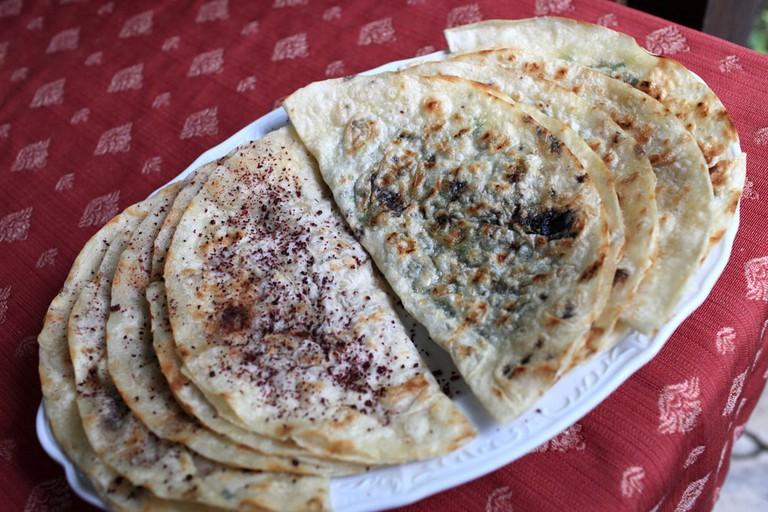 Azeri stuffed flatbread that resembles a savoury pancake | © Chubykin Arkady/Shutterstock