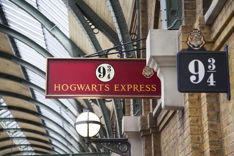 All aboard for Hogwarts | © AnjelikaGr/Shutterstock