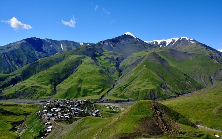 Xinaliq mountain village near Quba | © Michal Ondrejka/Shutterstock