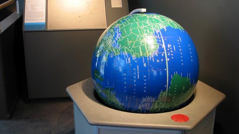 Sweden_Solar_System_Earth (2)