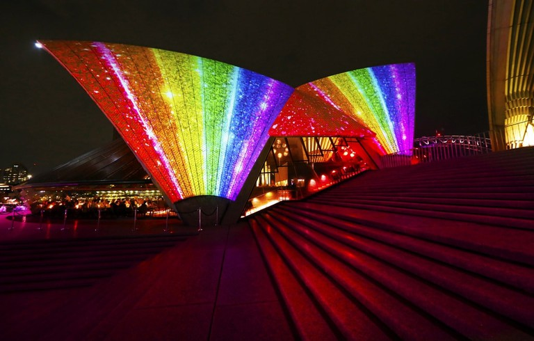 The Sydney Opera House lights up rainbow for Mardi Gras | © Courtesy of Ann-Marie Calilhanna:Sydney Gay and Lesbian Mardi Gras