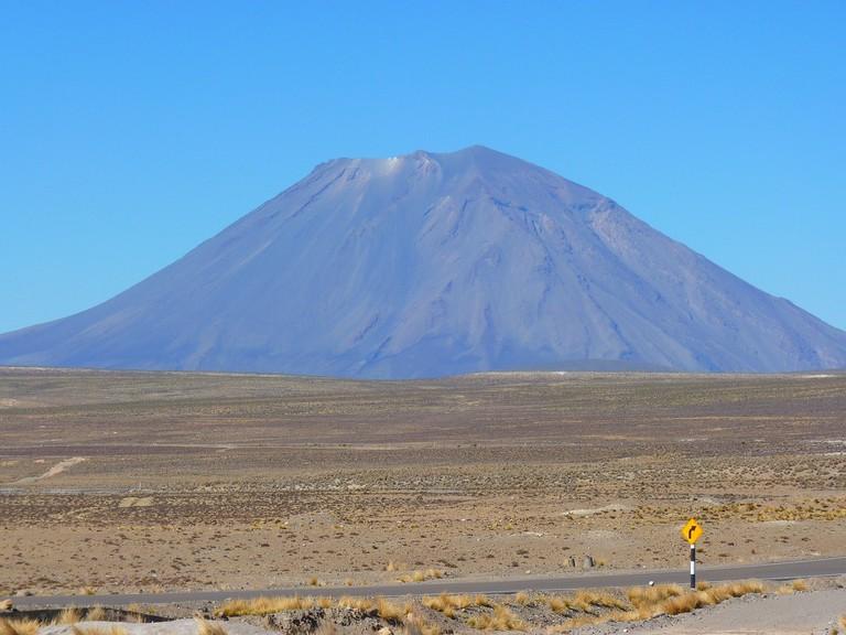 volcano-43325_1280 (1)