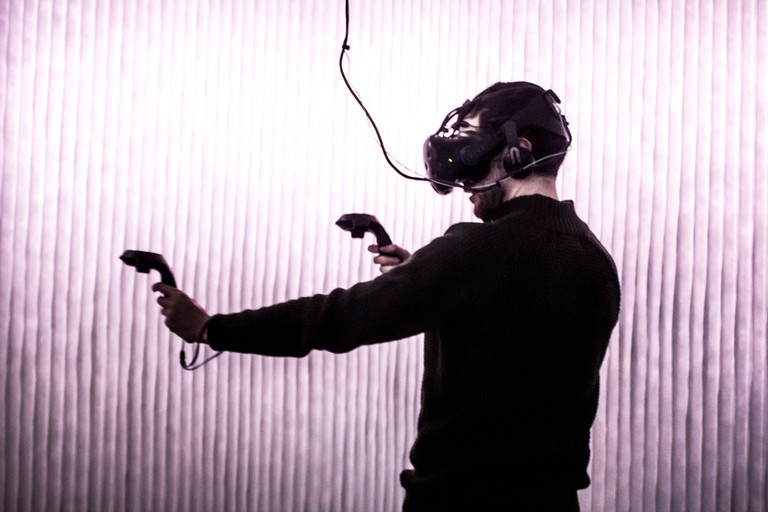 VR World_009