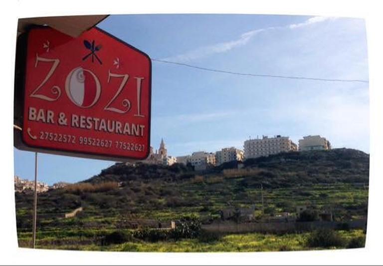 Zozi's bar and restaurant