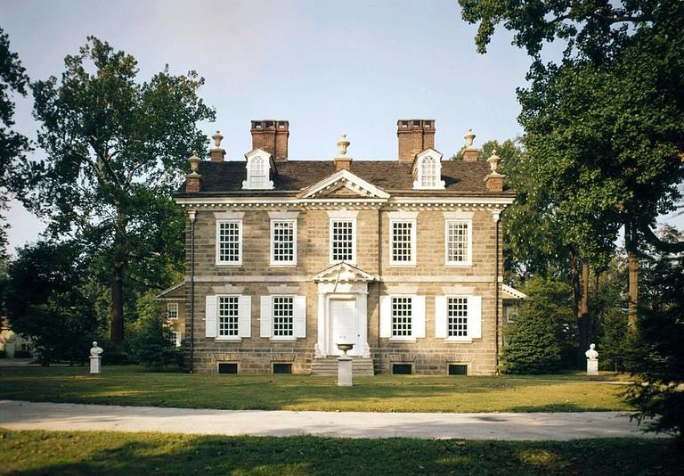 1024px-Cliveden_Mansion,_Philadelphia,_HABS_PA-1184-88