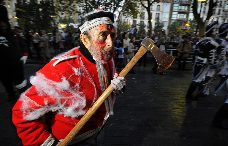 Tamborrada fancy dress | © DONOSTIA KULTURA/Wikimedia Commons