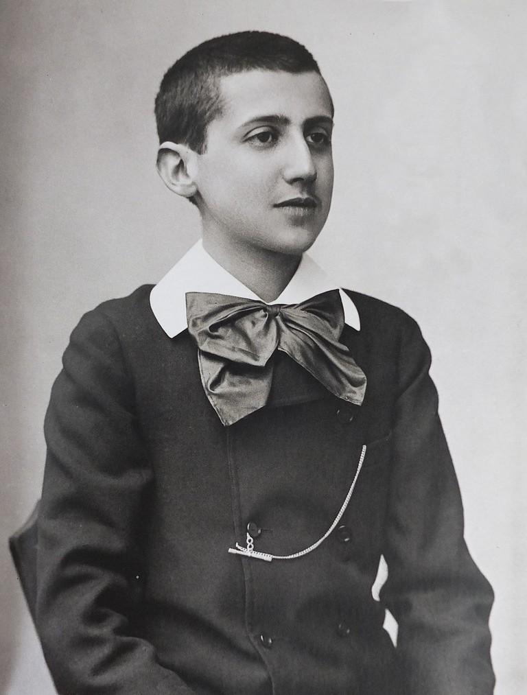 1024px-Marcel_Proust_1887