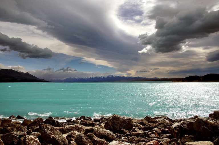 The Land of the Long White Cloud | © Bernard Spragg. NZ / Flickr