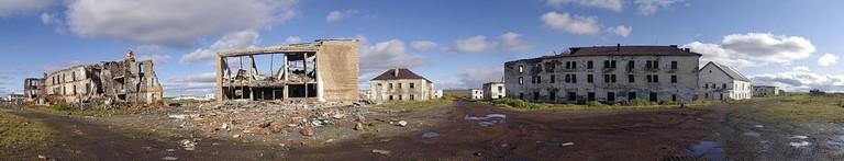 https://en.wikipedia.org/wiki/Khalmer-Yu#/media/File:Khalmer-Yu_ruins.jpg