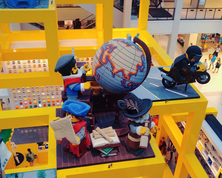 Lego Store at Mall of America in Minneapolis | © {just jennifer}/Flickr
