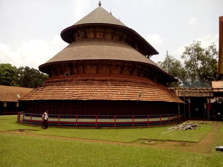 3.madhur_temple_