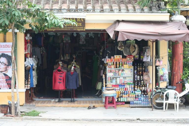 Hoi An: tailor shop