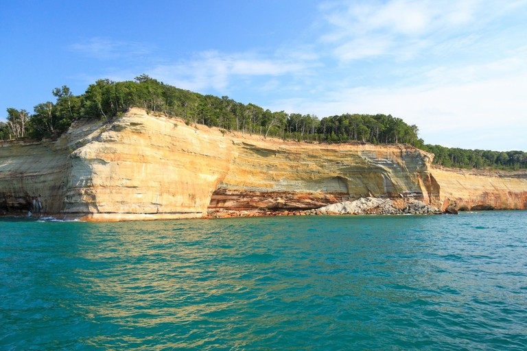 Pictured Rocks National Lakeshore | © Wayne Silver/Flickr