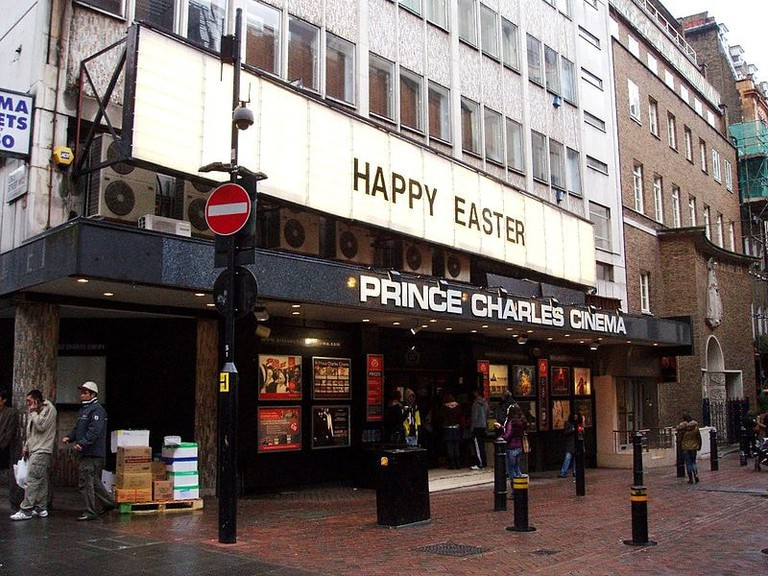 800px-Prince_Charles_Cinema,_Leicester_Square,_WC2_(2355497573)