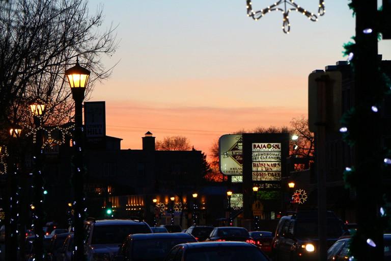 Hennepin Avenue in Uptown | © Matt Lewis/Flickr