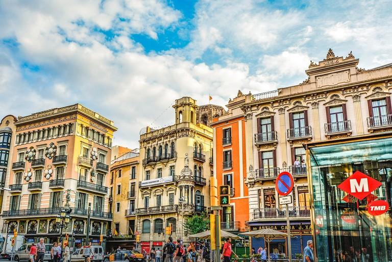 barcelona-2176452_1280