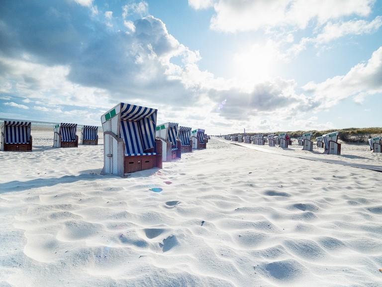 beach-2689344_1280