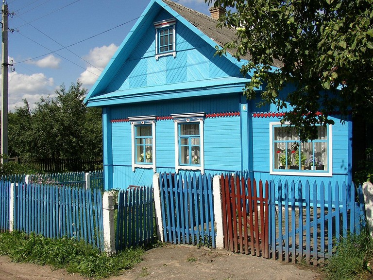 Wooden house in Polatsk, Belarus |© Jelle/Flickr
