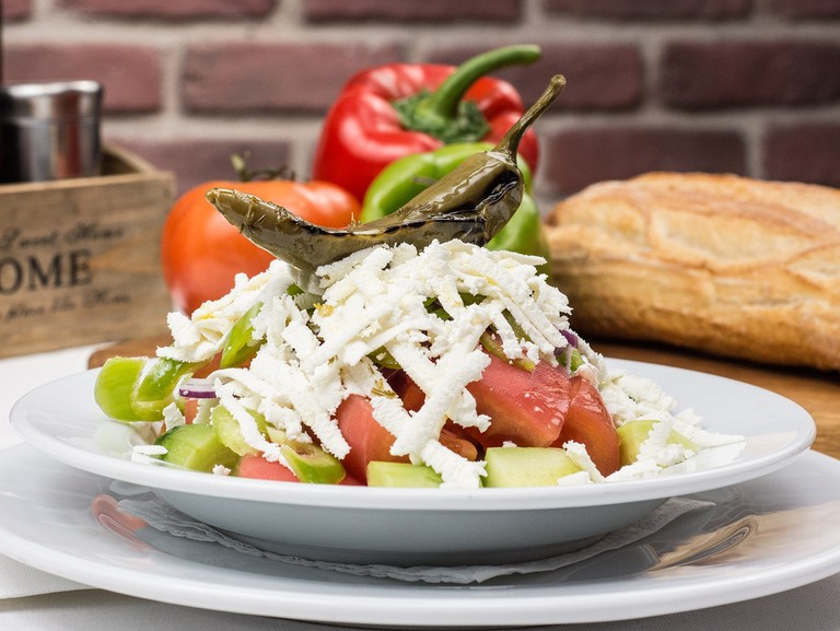 bulgarian-traditional-salad-2157208_1280
