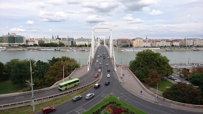 erzsebetbridge-budapest