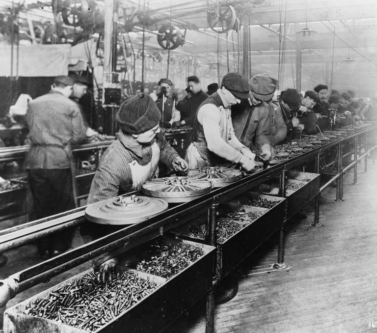 Ford's assembly line in 1913 | WikiCommons