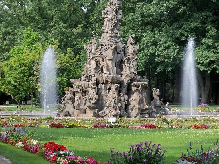 fountain-650210_960_720