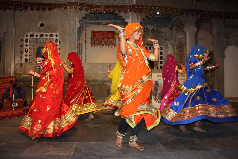 Ghoomar is known for its graceful movements and elaborate costumes