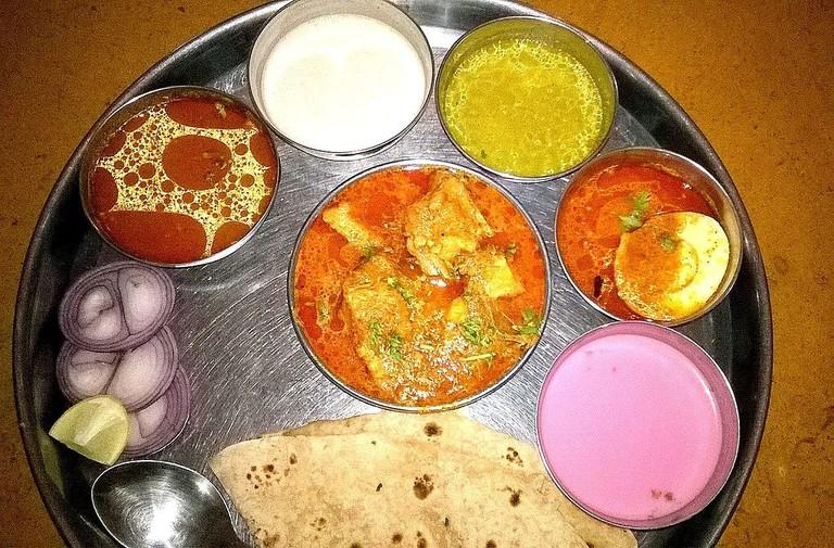 Kolhapuri_Thali_of_Kolhapur,_Maharashtra