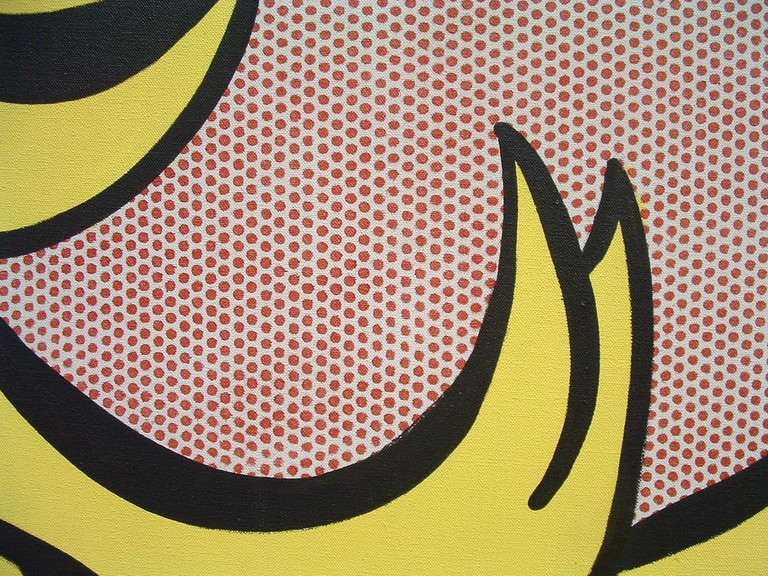Close up of the dots painted by Roy Lichtenstein