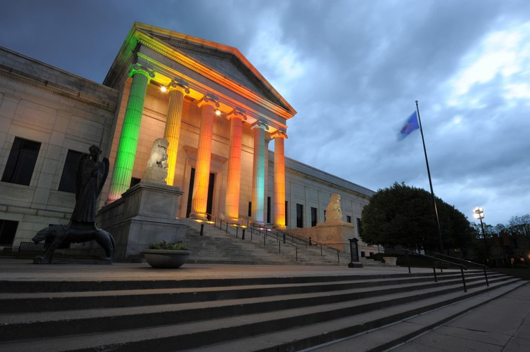 Minneapolis Institute of Art on an overcast night | © Avanidhar Chandrasekaran/Flickr