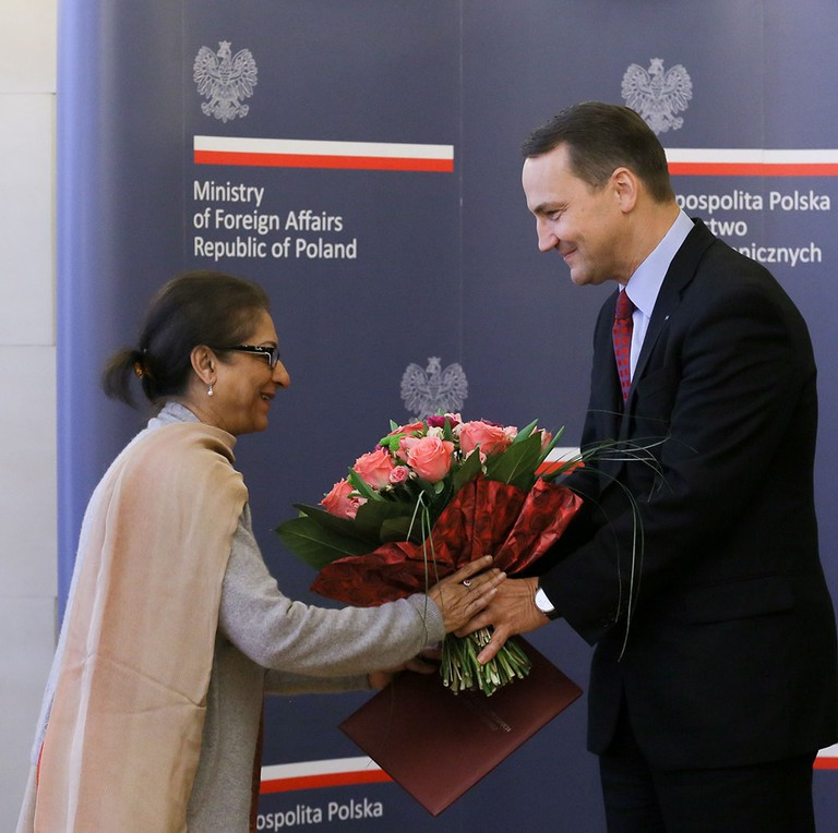 Poland Foreign Minister Award Pro Dignitate Humana - Jan 2014
