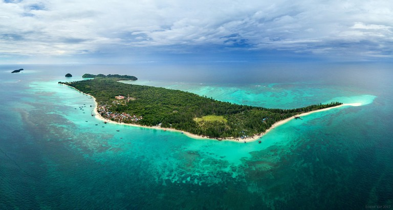 Mantanani Island also offers great diving experience