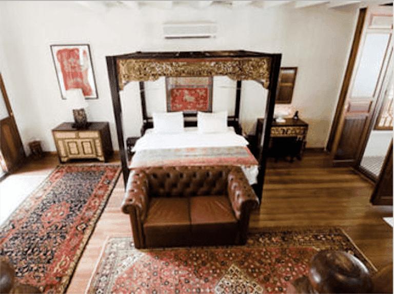 Seven Terraces room