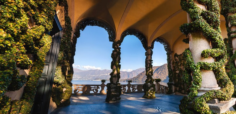 The terrace of Villa Balbianello, Lake Como | Shutterstock/fischers