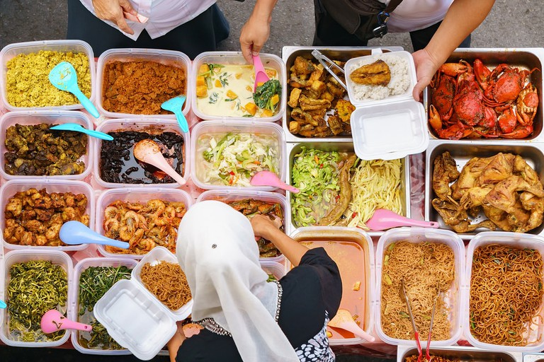 Malaysia is best known for the variety of food | © Lano Lan/Shutterstock