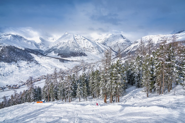 Ski slopes in Livigno | Shutterstock/marchello74