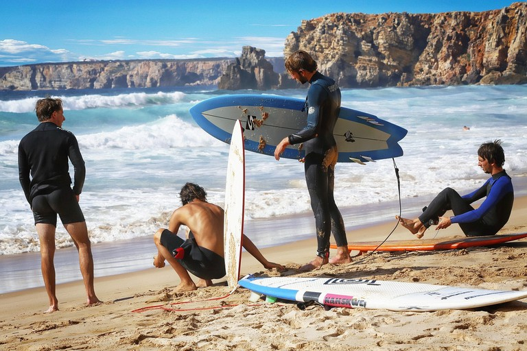 surf-2897019_1280