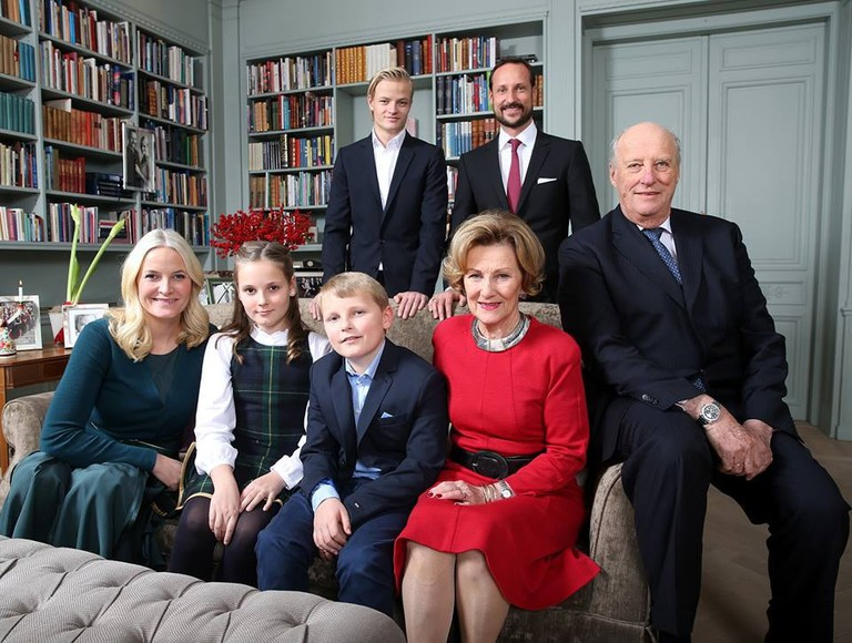 The Royal Family... and Marius | © Lisa Aserund:NTB Scanpix, Courtesy of Kongehuset