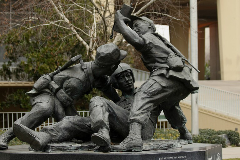 Lao Hmong American War Memorial in Fresno, CA | © Prayitno/flickr