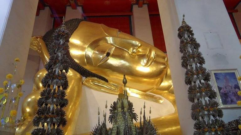 Wat Phra Non Jaksi, Singburi
