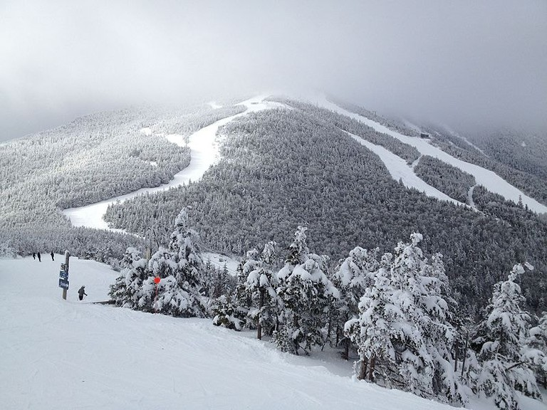 Whiteface_Mountain_Ski_Area_off_the_Gondola_Lift