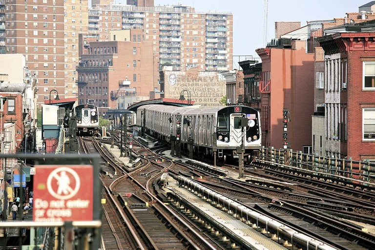1024px-Trains_to_Brooklyn_(5923176891)